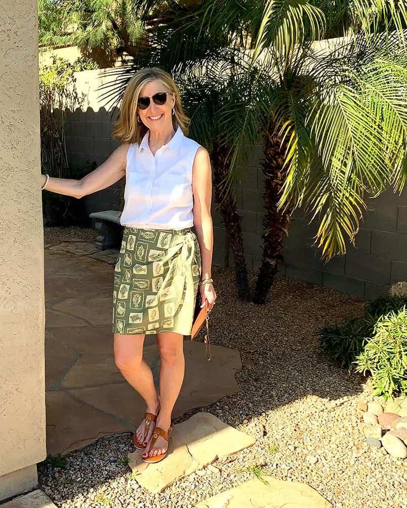 Handmade wrap skirt inn green