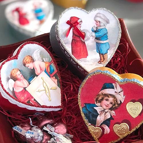 Little vintage-inspired heart-shaped decor boxes hand made by Laura Kennedy.
